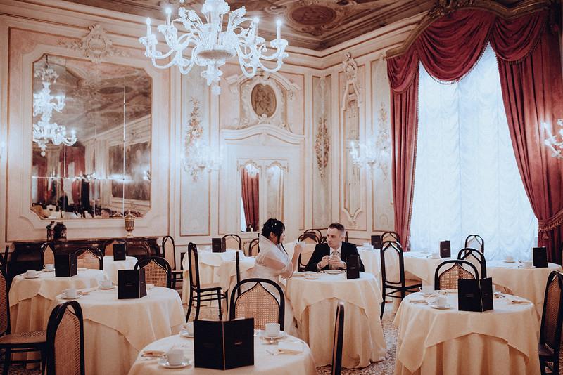 Tu-Nguyen-Destination-Wedding-Photographer-Vow-Renewal-Venice-Italy-Hochzeitsfotograf-Italien-Venedig-18.jpg