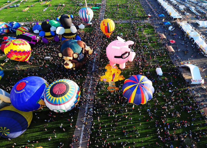 NEA_5709-7x5-Balloons.jpg