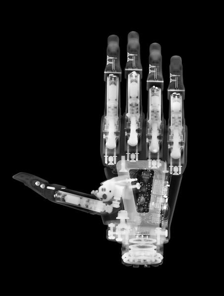 Photographer-David-Arky-xray-x-ray-portfolio-Creative-Space-Artists-Management-18-Robotic-Hand.jpg