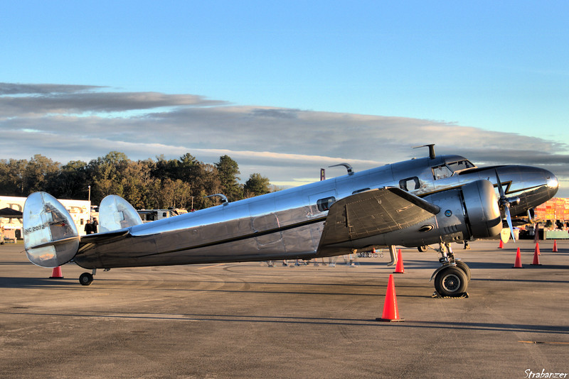 Lockheed 12A Electra Junior s/n 1208  NC2072