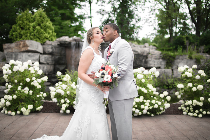 Laura & AJ Wedding (0273).jpg