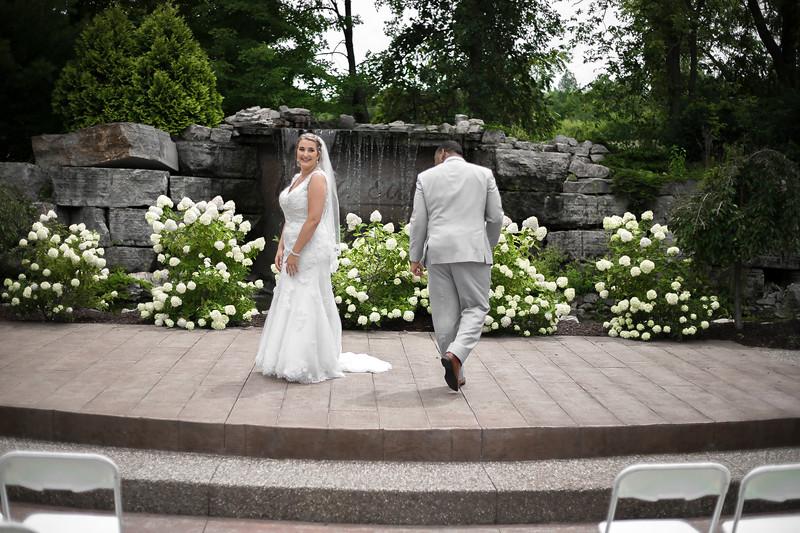 Laura & AJ Wedding (0252).jpg