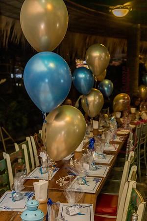 3. Yosamaily cena de sus quinceaños