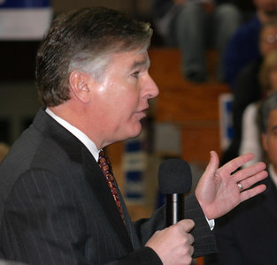 Rep Meehan Lauds DP @ Lowell, 11.5.06