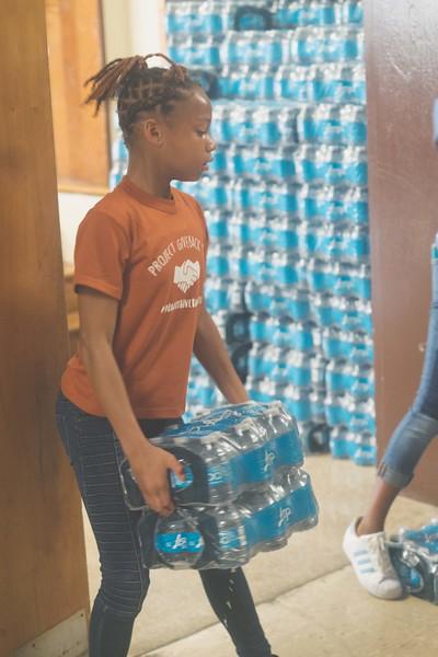 DaShai_Water_for_Puerto_Rico_Hurricane_Harvey_Everyday_Lemonade-004-Leanila_Photos.jpg