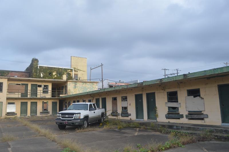149 Abandoned Motel.jpg