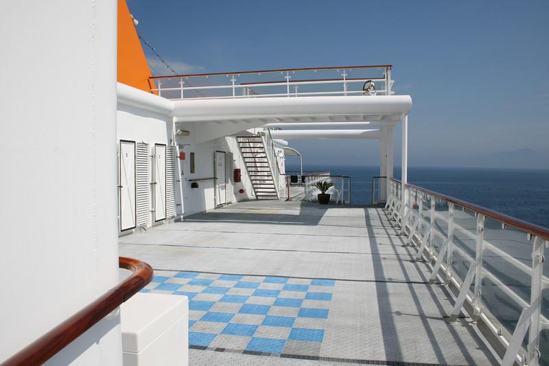 2011 - On board M/S C.COLUMBUS : Sun deck.