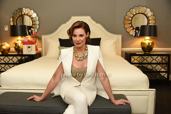 Countess Luann de Lesseps    photo by Rob Rich/SocietyAllure.com © 2014 robwayne1@aol.com 516-676-3939