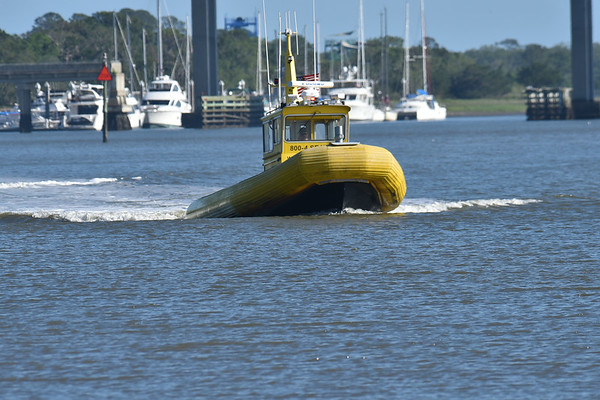 Sea Tow in Jekyll Creek 05-04-18
