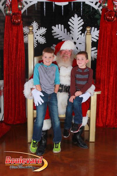 Santa 12-17-16-386.jpg