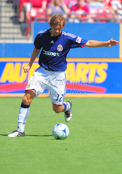 29, March 2009:  Chivas USA Defender Carey Talley #12in action during the soccer game between FC Dallas & Chivas USA at the Pizza Hut Stadium in Frisco,TX. Chivas USA  beat FC Dallas 2-0.Manny Flores/Icon SMI