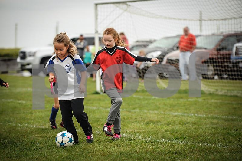 9-08-18 Eva Nygaard's u-8 soccer game vs LB-25.jpg
