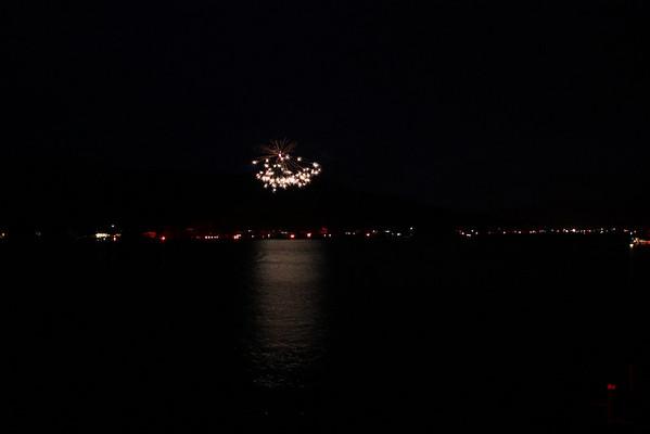 2009_07 Cuba Lake Fireworks