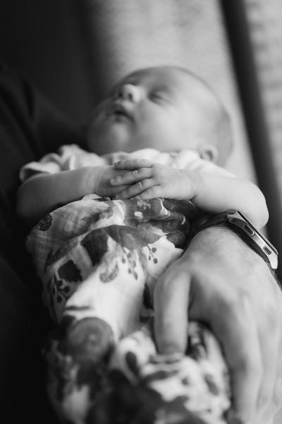 ALoraePhotography_BabyFinley_20200120_019.jpg