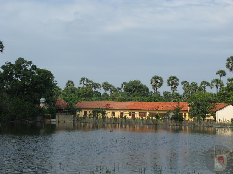 SHNMUGANTHA VIDYALAYAM - OUR SCHOOL