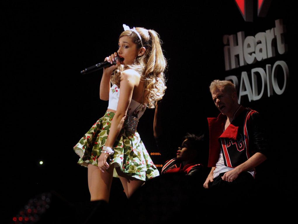 . Ariana Grande sings at Jingle Ball. (Pioneer Press: Chris Polydoroff)