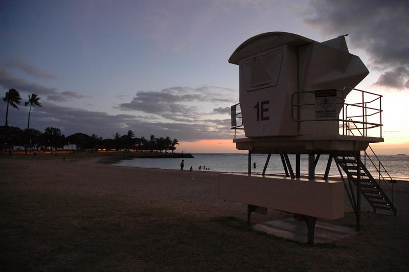 Hawaii - Ala Moana Beach Sunset-198.JPG