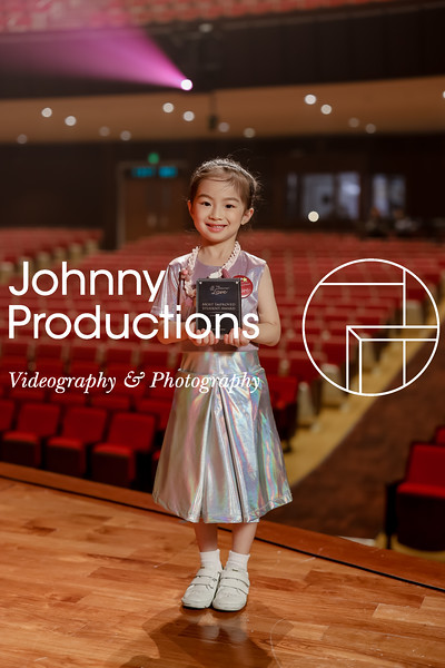 0016_day 1_award_red show 2019_johnnyproductions.jpg