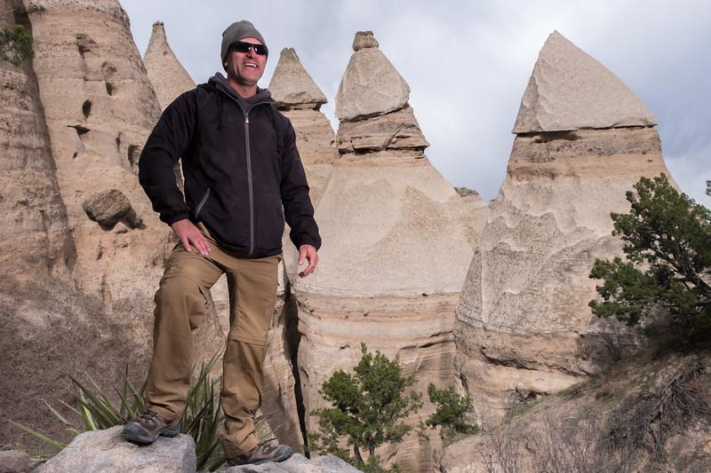 Tent rock hike portraits-16.jpg