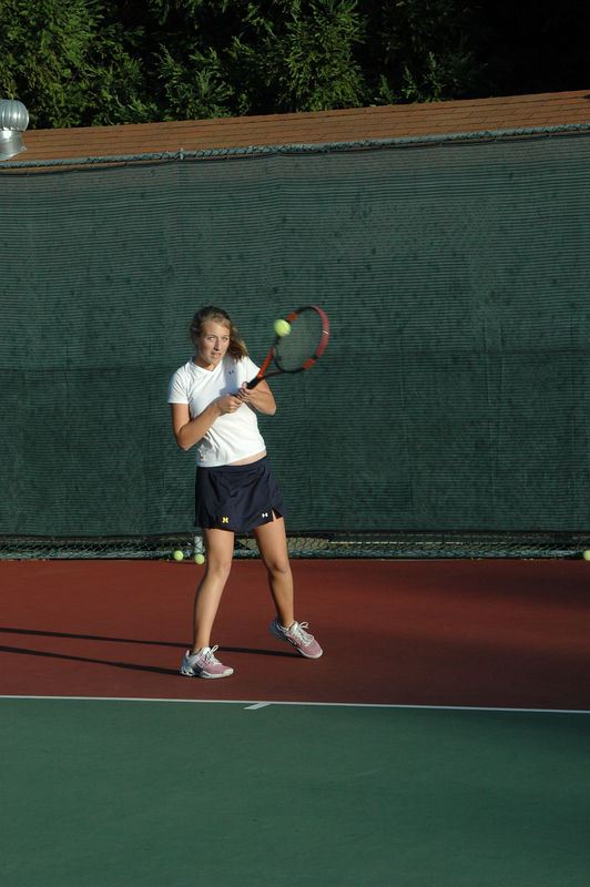 Menlo Girls Tennis 2005 - Player 6