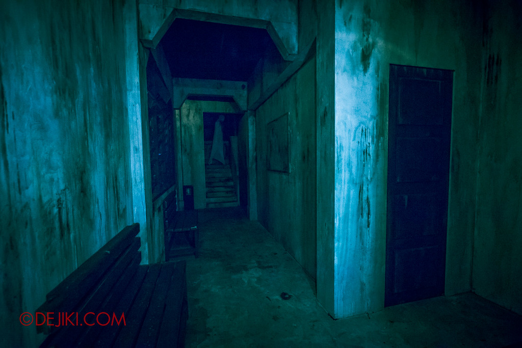 Halloween Horror Nights 6 Sneak Preview - Old Changi Hospital inside