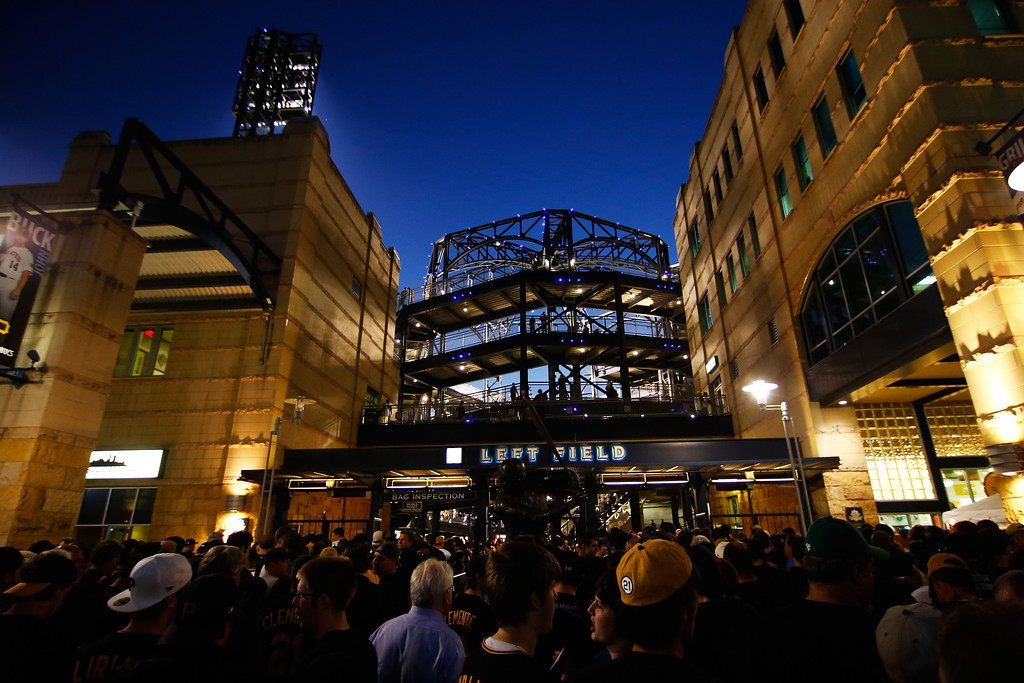 . PITTSBURGH, PA - OCTOBER 01:  Fans arrive for the National League Wild Card game between the Cincinnati Reds and the Pittsburgh Pirates at PNC Park on October 1, 2013 in Pittsburgh, Pennsylvania.  (Photo by Jared Wickerham/Getty Images)
