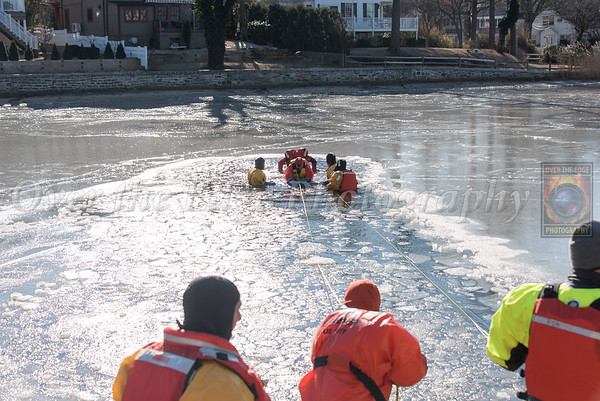 FSA Ice/Cold Water Rescue Course (Port Washington) 02/03/2018