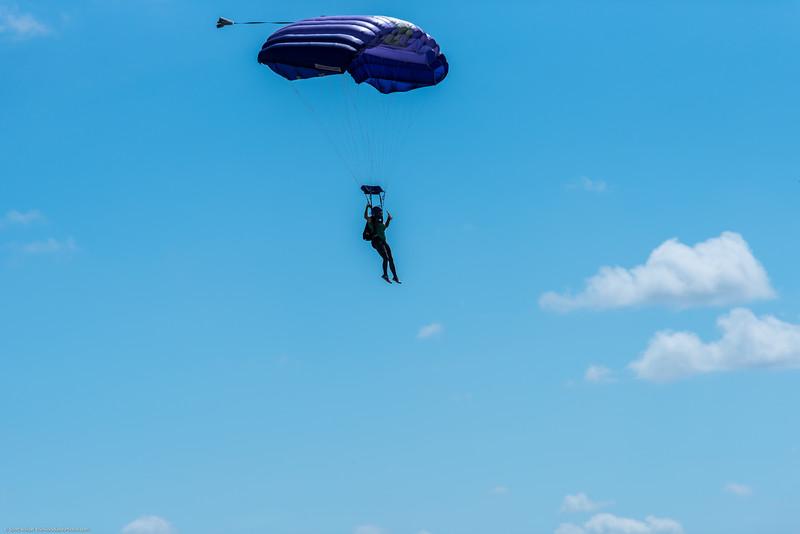 SkydivingEdited-9.jpg