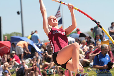 D1 Featured H - 2014 MHSAA T&F Finals