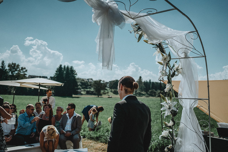 Tu-Nguyen-Wedding-Hochzeitsfotograf-Hochzeitsreportage-Neuwied-Bonn-Koblenz-Jan-Jessica-12b.jpg