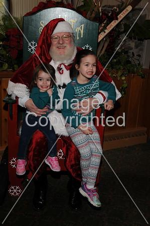 2015-11-28 Woodloch Santa