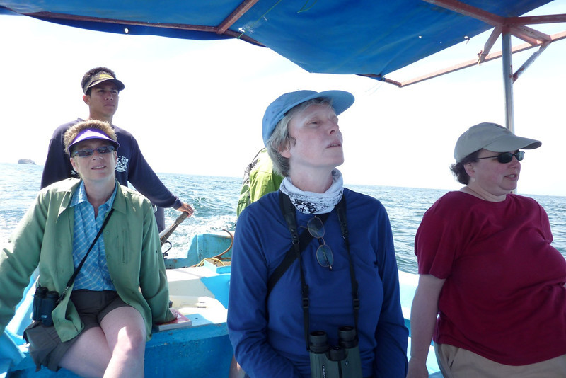 Gustavo (our Capitan), Laura, Carla and Mary looking for whales