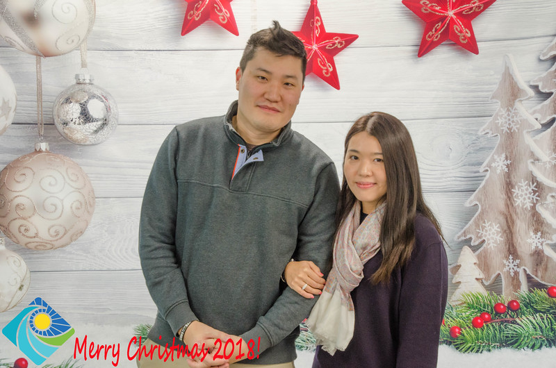Christmas Photobooth 2018 Sunday-189.jpg