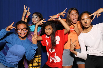 10/26/2018 Vista Magnet Middle School Halloween Harvest Social - Individual Photo Booth Pictures