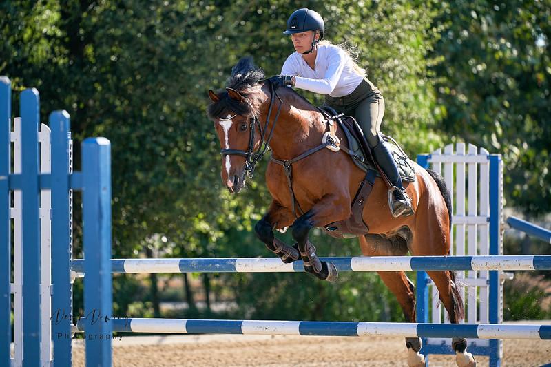 Yulia and Farina Equestrian_Dewing (56).jpg