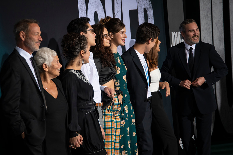 "HOLLYWOOD, CALIFORNIA - SEPTEMBER 28: Joaquin Phoenix, Summer Phoenix, Rain Phoenix and family attend the premiere of Warner Bros Pictures ""Joker"" on Saturday, September 28, 2019 in Hollywood, California. (Photo by Tom Sorensen/Moovieboy Pictures)"