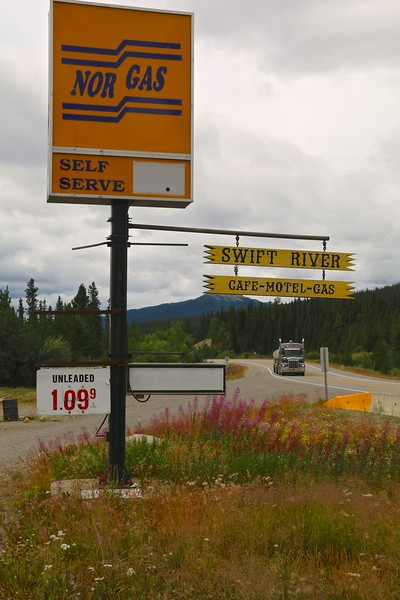 Swift River Lodge