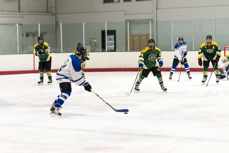 Howard Ice Hockey-109.jpg