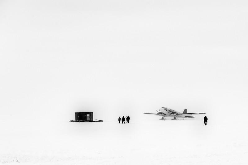 South Pole -1-5-18079w094.jpg