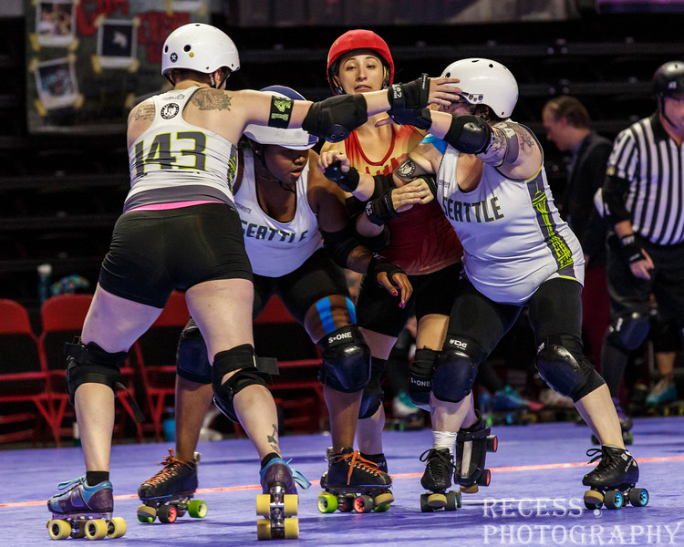 WFTDA 2017 Championships - Game 10 - Angel City vs Rat City ©Keith Bielat