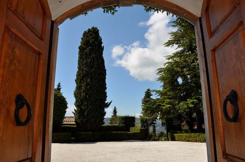 Front door, courtyard (no wedding)