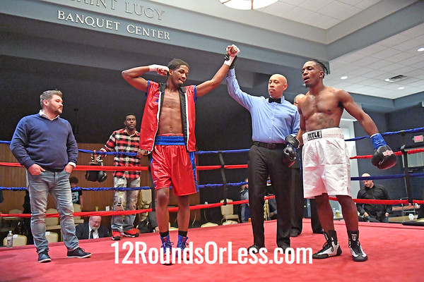 Pro-Bout 5 Ardreal Holmes, Red-Blue Trunks, Michigan -vs- Jeffrey Wright, White Trunks, Illinois, Middleweight