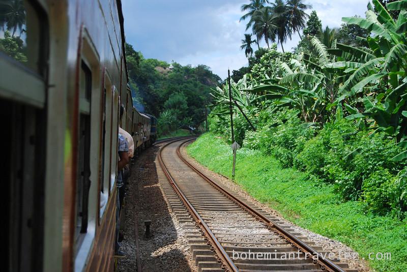 Sri Lanka train (4).jpg