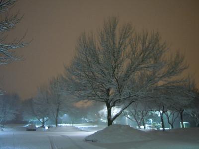 Meriden, Connecticut parking lot snowfall 2011-01-17