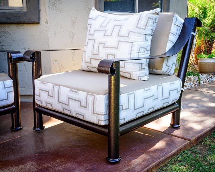 Chair_8502989-1.jpg