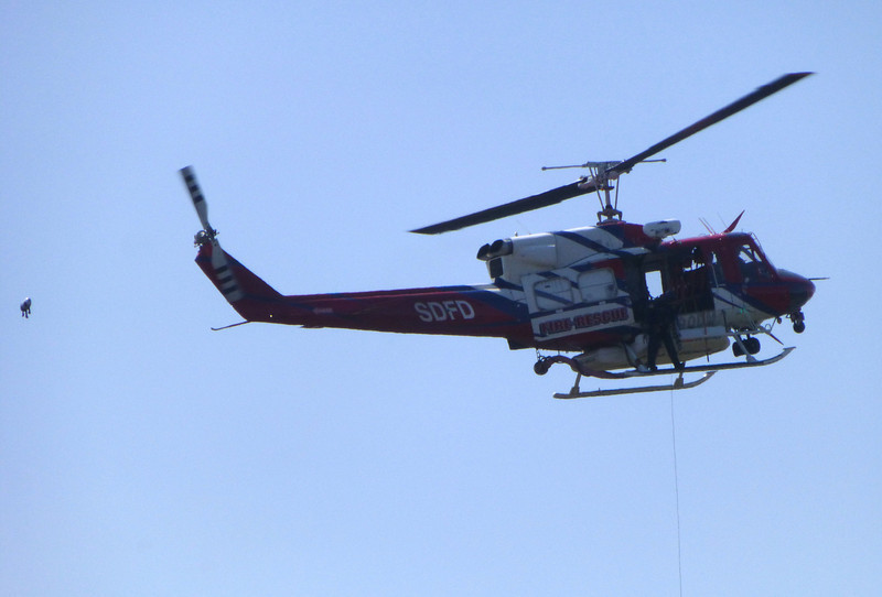 Letting cable, SDFD helicopter