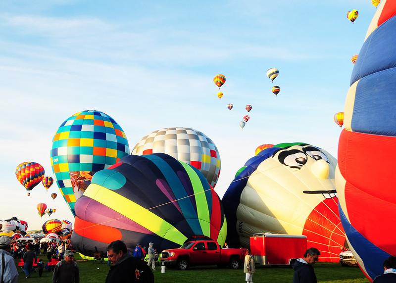 NEA_5601-7x5-Balloons.jpg