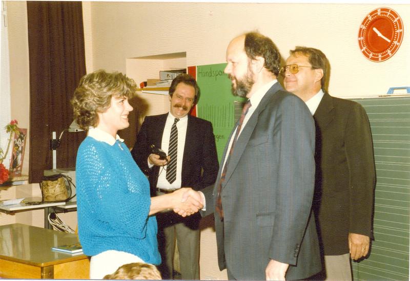 1986 Preisverleihung durch Kultusminister Breitenbach (16).jpg