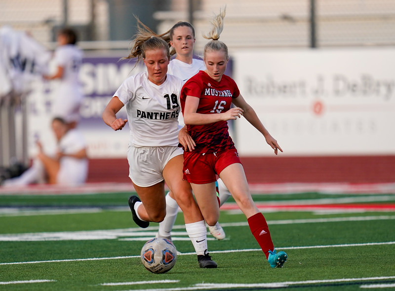 CCHS-vsoccer-pineview1536.jpg