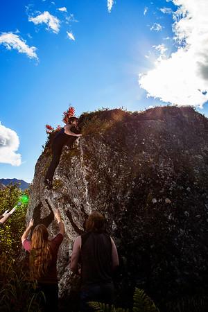 Bouldering Aldershade with Tristan, Eldon, and Kate
